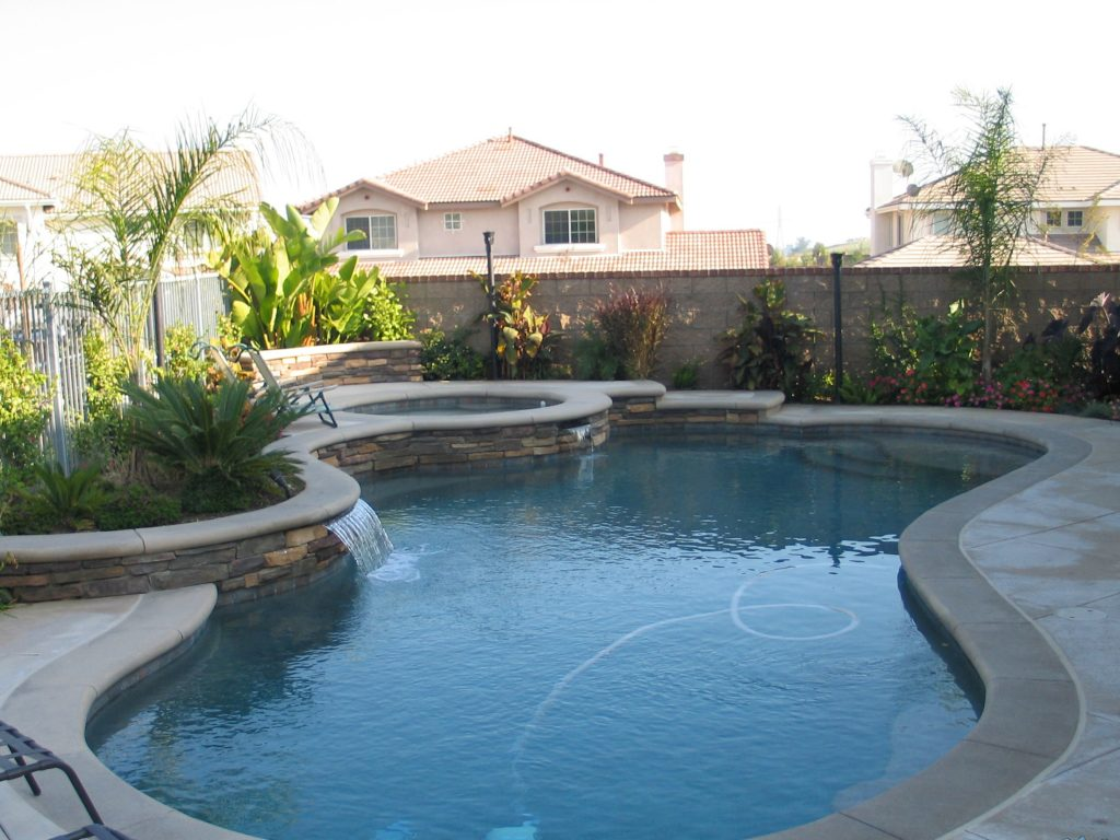 swimming pool landscaping escondido